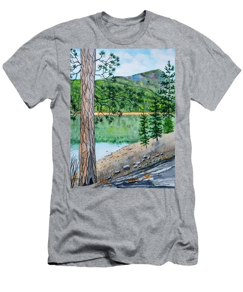 Montana - Lake Como Men's T-Shirt (Athletic Fit)