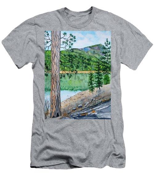 Montana - Lake Como Men's T-Shirt (Athletic Fit)