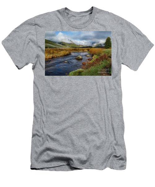 Moraine Park Morning - Rocky Mountain National Park, Colorado Men's T-Shirt (Slim Fit) by Ronda Kimbrow