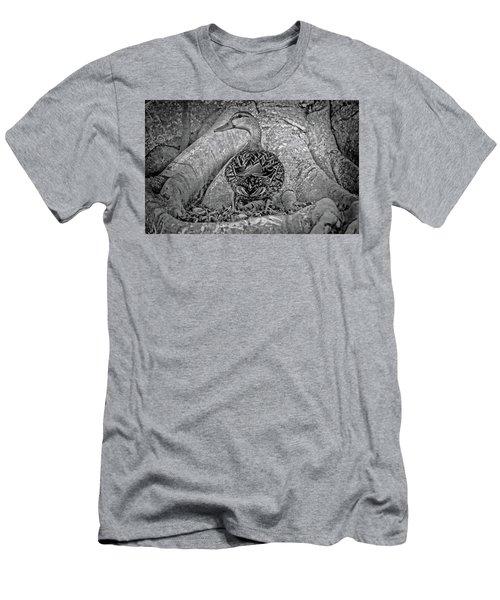 Mottled Duck In Bw Men's T-Shirt (Athletic Fit)