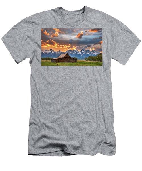 Moulton Barn Sunset Fire Men's T-Shirt (Slim Fit) by Darren White