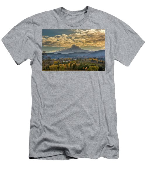 Mount Hood Over Farmland In Hood River In Fall Men's T-Shirt (Athletic Fit)