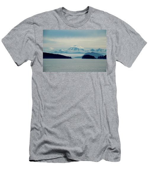 Mt. Baker Washington Men's T-Shirt (Athletic Fit)