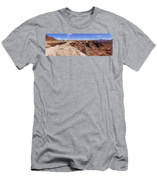 Musselman Arch Men's T-Shirt (Athletic Fit)