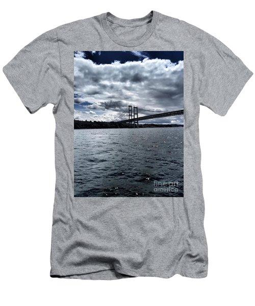 Narrows Bridge Men's T-Shirt (Athletic Fit)