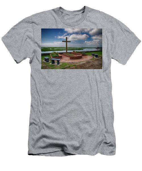 New Garden Cross At Belin Umc Men's T-Shirt (Slim Fit)