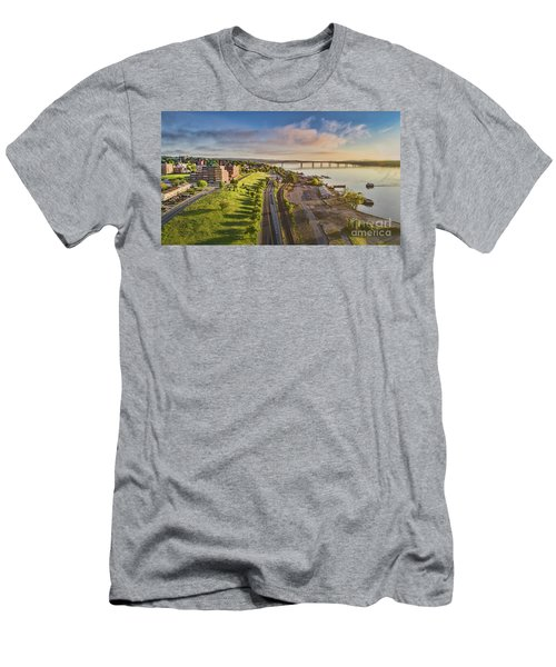 Newburgh Waterfront Looking North Men's T-Shirt (Athletic Fit)