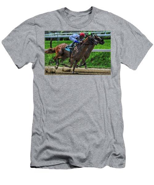 Nine Gaining Men's T-Shirt (Athletic Fit)
