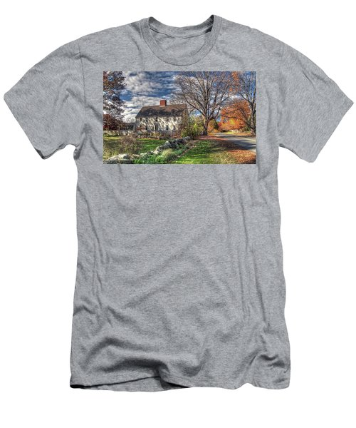 Noyes House In Autumn Men's T-Shirt (Athletic Fit)
