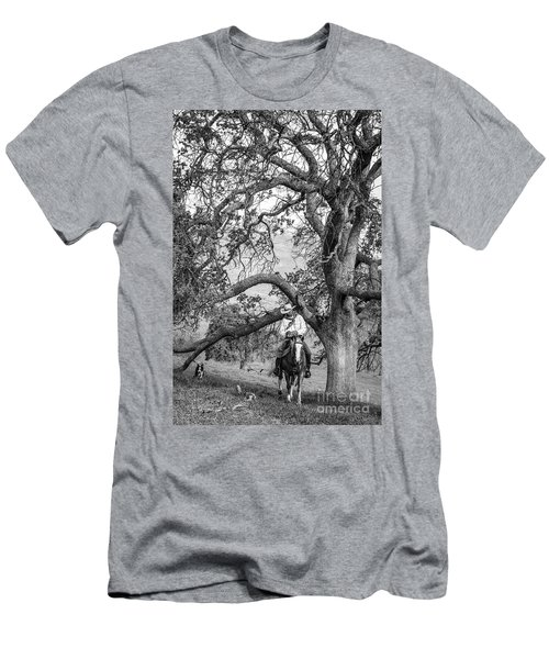 Oak Arches Men's T-Shirt (Athletic Fit)