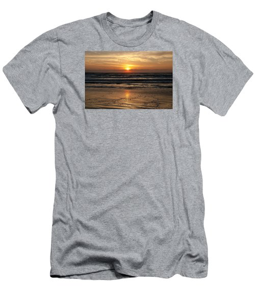 Ocean Sunrise Men's T-Shirt (Athletic Fit)