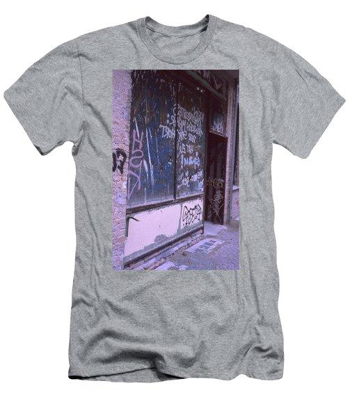 Old Bar, Old Graffitis Men's T-Shirt (Athletic Fit)