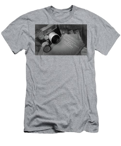 Old Books And Cameras Men's T-Shirt (Athletic Fit)