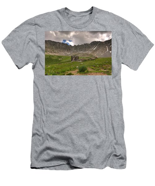 Old Cabin Men's T-Shirt (Athletic Fit)