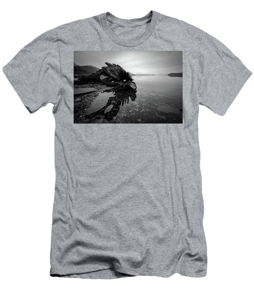 Old Driftwood Men's T-Shirt (Athletic Fit)