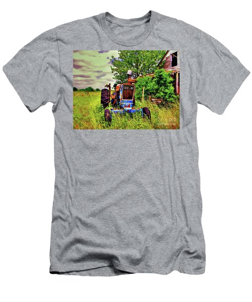 Old Ford Tractor Men's T-Shirt (Athletic Fit)