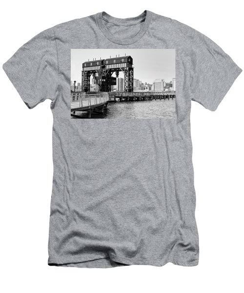 Old Gantry Men's T-Shirt (Athletic Fit)