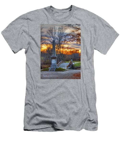 Old North Bridge - Concord Ma Men's T-Shirt (Athletic Fit)