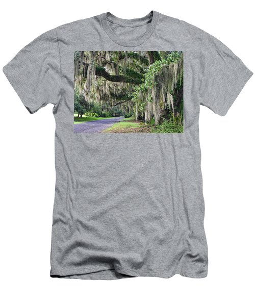 Old Plantation Road Men's T-Shirt (Athletic Fit)