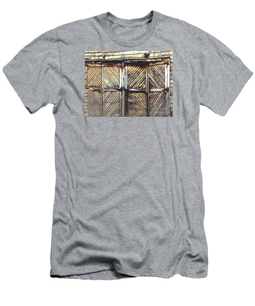 Old Rusted Barn Door Men's T-Shirt (Athletic Fit)