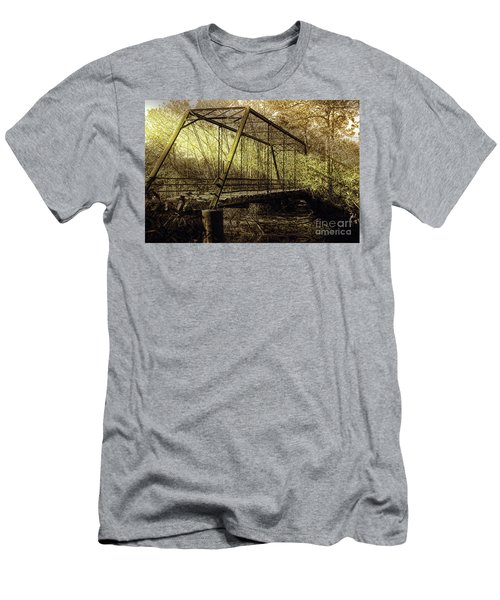 Old Spirit Men's T-Shirt (Athletic Fit)