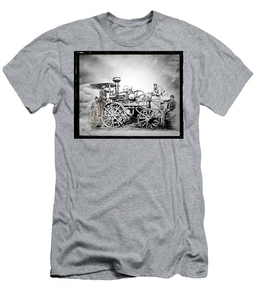 Old Steam Tractor Men's T-Shirt (Athletic Fit)