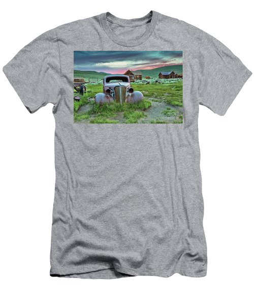 Old Truck In Bodie Men's T-Shirt (Athletic Fit)