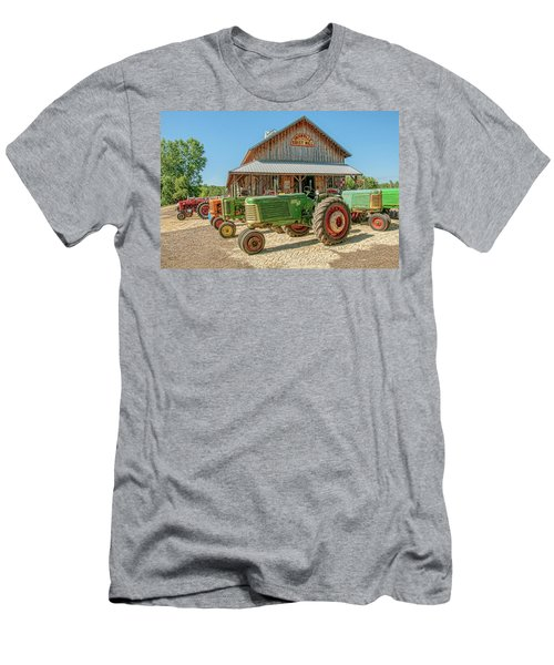 Oliver Row Crop At Unionville Grist Mill 2 Men's T-Shirt (Athletic Fit)