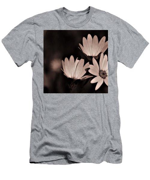 Osteospernum Photo  Men's T-Shirt (Athletic Fit)