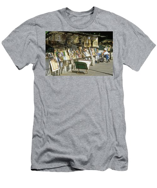 Paris Bookseller Stall Men's T-Shirt (Athletic Fit)