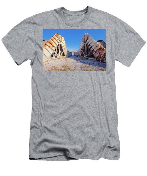 Pedestal Between The Deflectors Men's T-Shirt (Athletic Fit)