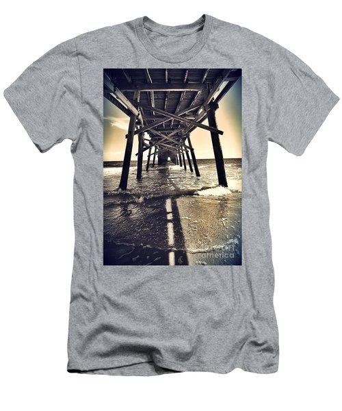 Peir View  Men's T-Shirt (Athletic Fit)