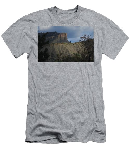 Perin's Peak Durango Men's T-Shirt (Athletic Fit)