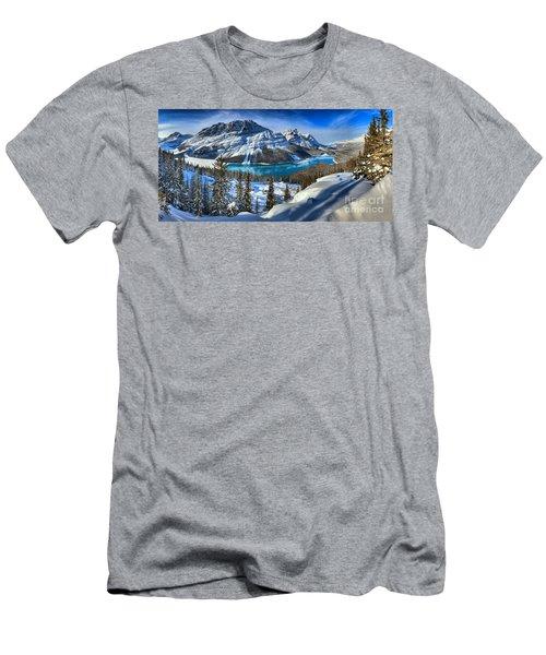 Peyto Lake Winter Panorama Men's T-Shirt (Athletic Fit)