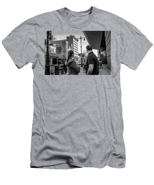 Philadelphia Street Photography - Dsc00248 Men's T-Shirt (Slim Fit) by David Sutton