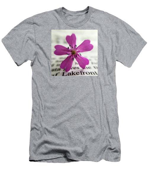 Phlox Print Men's T-Shirt (Athletic Fit)