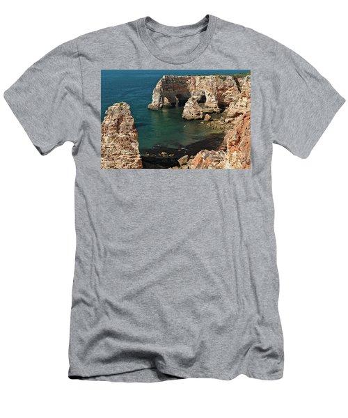 Praia Da Marinha Cliffs And Sea Men's T-Shirt (Athletic Fit)