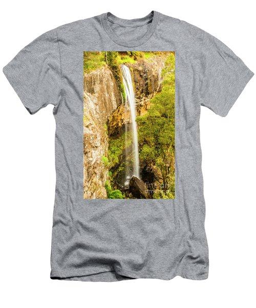 Preston Falls Tasmania Men's T-Shirt (Athletic Fit)