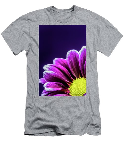 Purple Daisy Being Shy Men's T-Shirt (Athletic Fit)