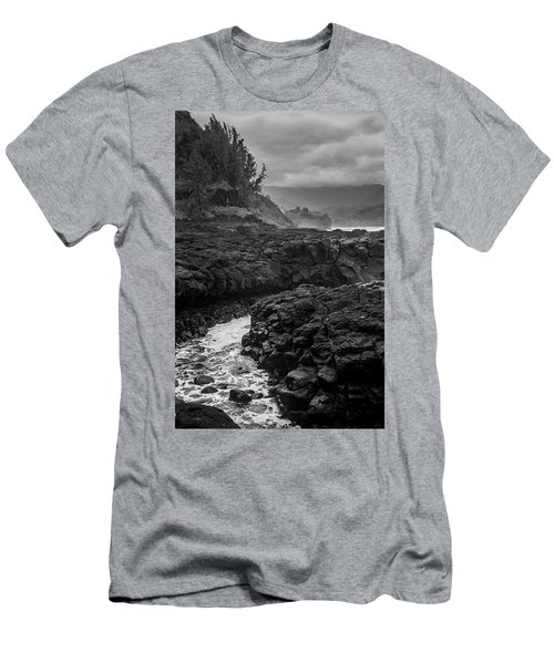 Queens Bath Kauai Men's T-Shirt (Athletic Fit)