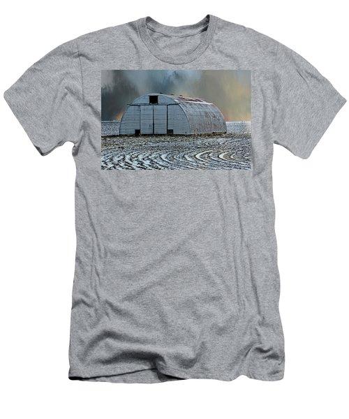 Quonset Hut Men's T-Shirt (Athletic Fit)