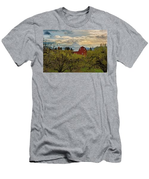 Red Barn At Pear Orchard Men's T-Shirt (Athletic Fit)