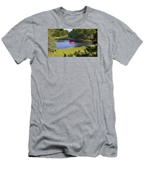Red Boat On The Herring River Men's T-Shirt (Athletic Fit)