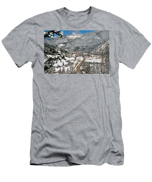 Red River In Winter Men's T-Shirt (Athletic Fit)