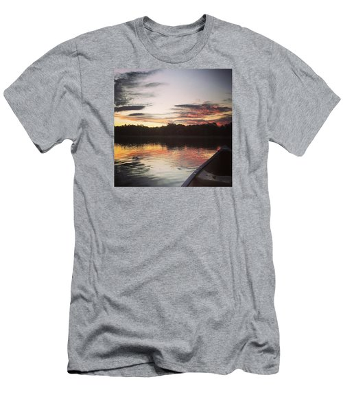 Red Spotted Sunset Men's T-Shirt (Athletic Fit)
