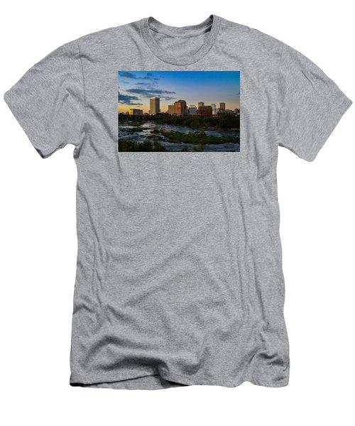 Richmond Skyline At Dusk Men's T-Shirt (Athletic Fit)