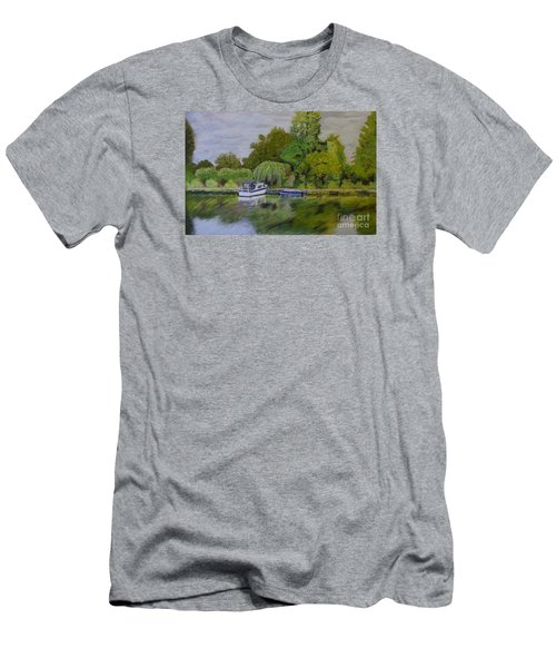 River Thames Hampton Men's T-Shirt (Athletic Fit)