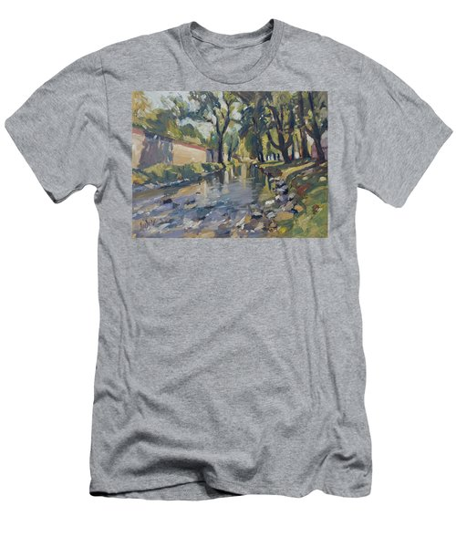 Riverjeker In The Maastricht City Park Men's T-Shirt (Slim Fit)