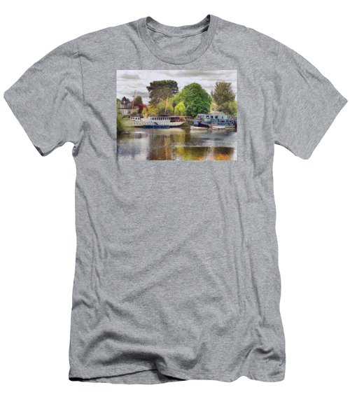Riverview Vii Men's T-Shirt (Athletic Fit)