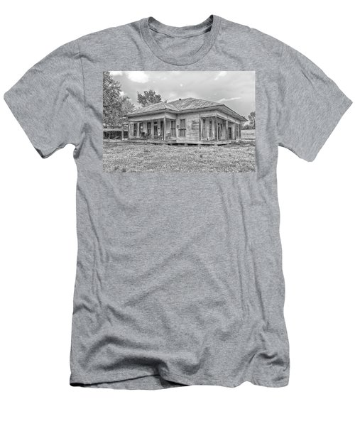 Roadside Old House Men's T-Shirt (Athletic Fit)